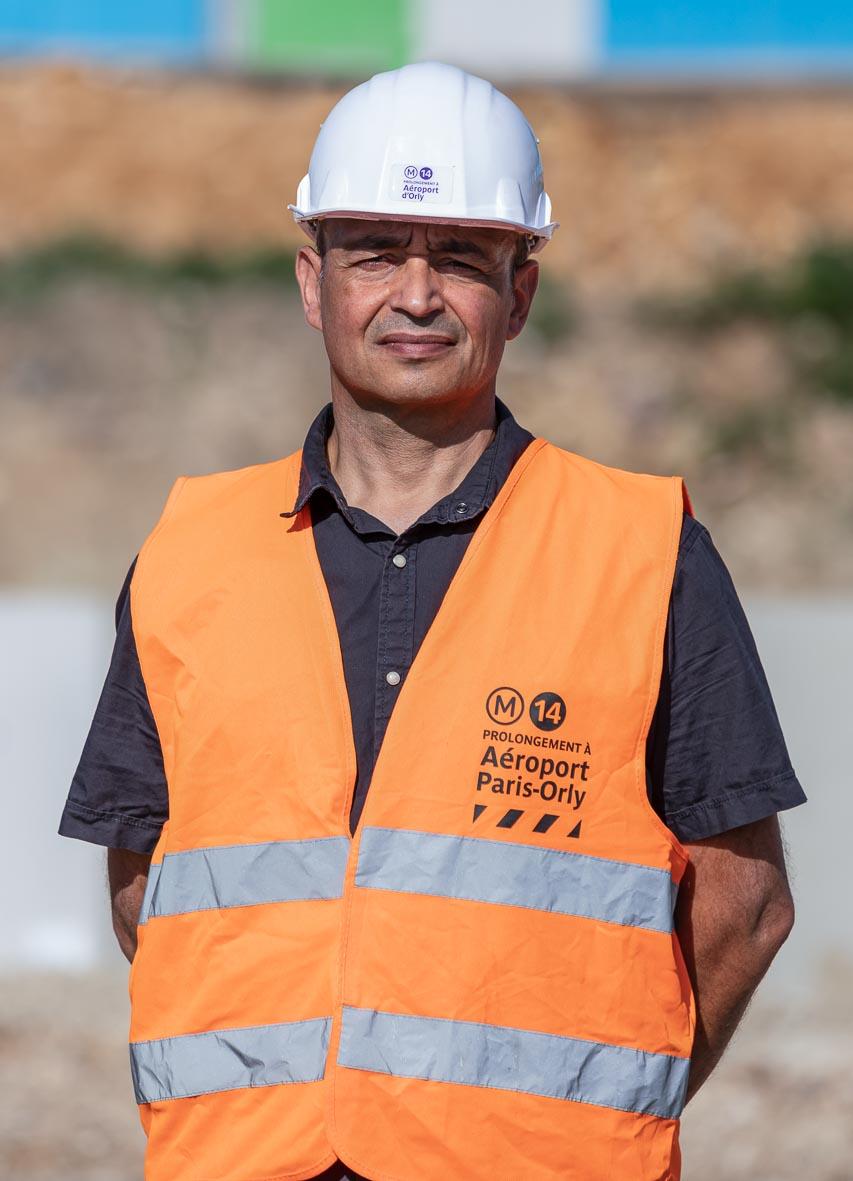Photo de Christophe Lucas, chargé d'information de proximité du prolongement de la ligne 14 au sud, à Villejuif