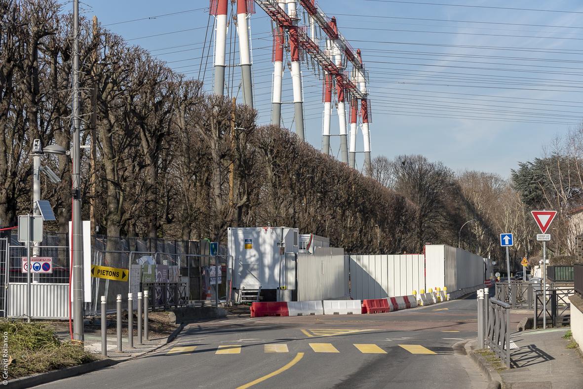 Photo du chantier de l'ouvrage Petit le Roy rue du Lieutenant Petit le Roy, à Chevilly-Larue, prise en février 2019.