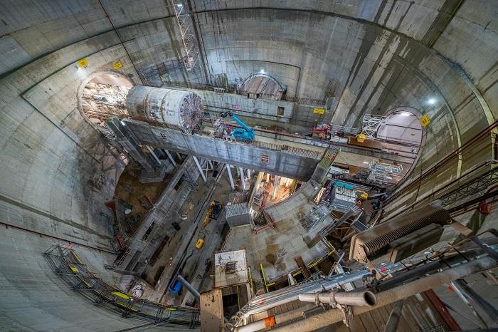Photo du puits de la future gare Villejuif — Institut Gustave-Roussy traversé par le tunnelier Allison de la ligne 14 Sud