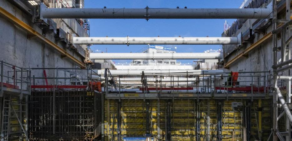 Vue sur le chantier de la future gare Chevilly Trois-Communes