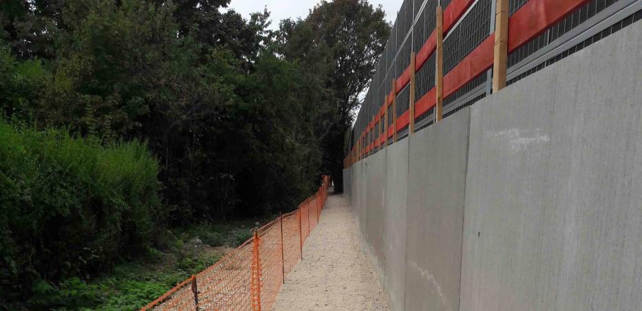 Vue sur le nouvel accès piéton vers les jardins familiaux « Les Castors »