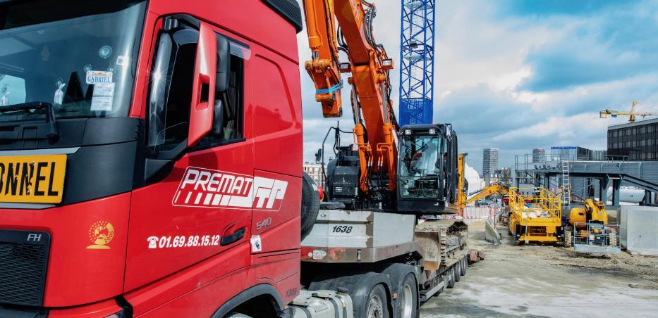 Photo d'un camion de convoi exceptionnel