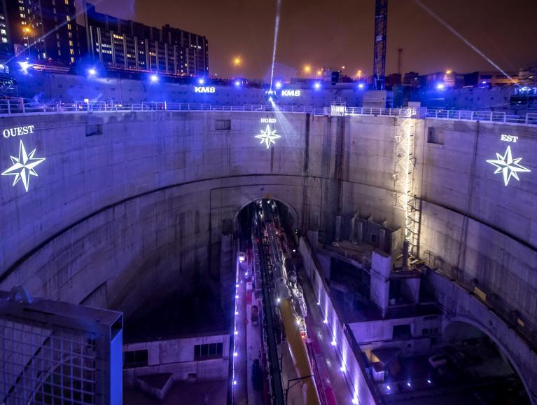 Événement SGP -KM8 PLEIN FEU SUR LE CHANTIER- à l'occasion du passage du tunnelier Allison de la ligne 14 Sud