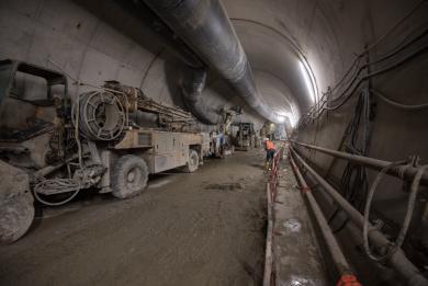 Photo du tunnel reliant la gare Maison-Blanche Paris XIIIe à l'arrière-gare du terminus d'Olympiades