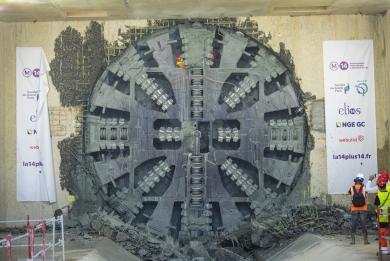 Photo du tunnelier Koumba arrivé dans la gare Pont de Rungis