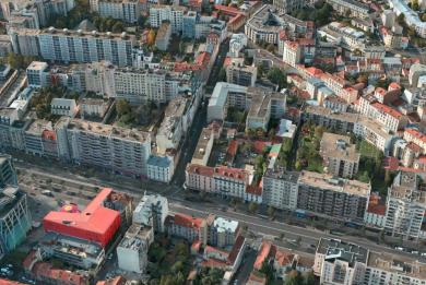 Vue aérienne de la rue de la Convention et de l'avenue de Fontainebleau concernées par les modifications de circulation