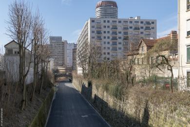 Vue de la Petite Ceinture depuis l'avenue de Choisy.