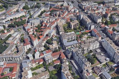 Vue aérienne des rues de la Convention, Danton, Rossel et Général Leclerc concernées par les travaux d'alimentation électrique